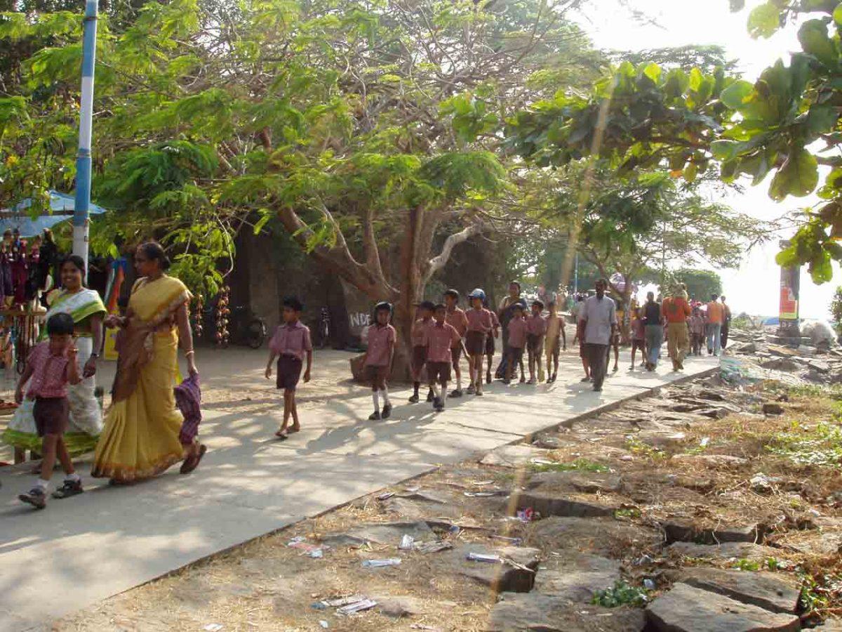 Schoolkids in Kochi