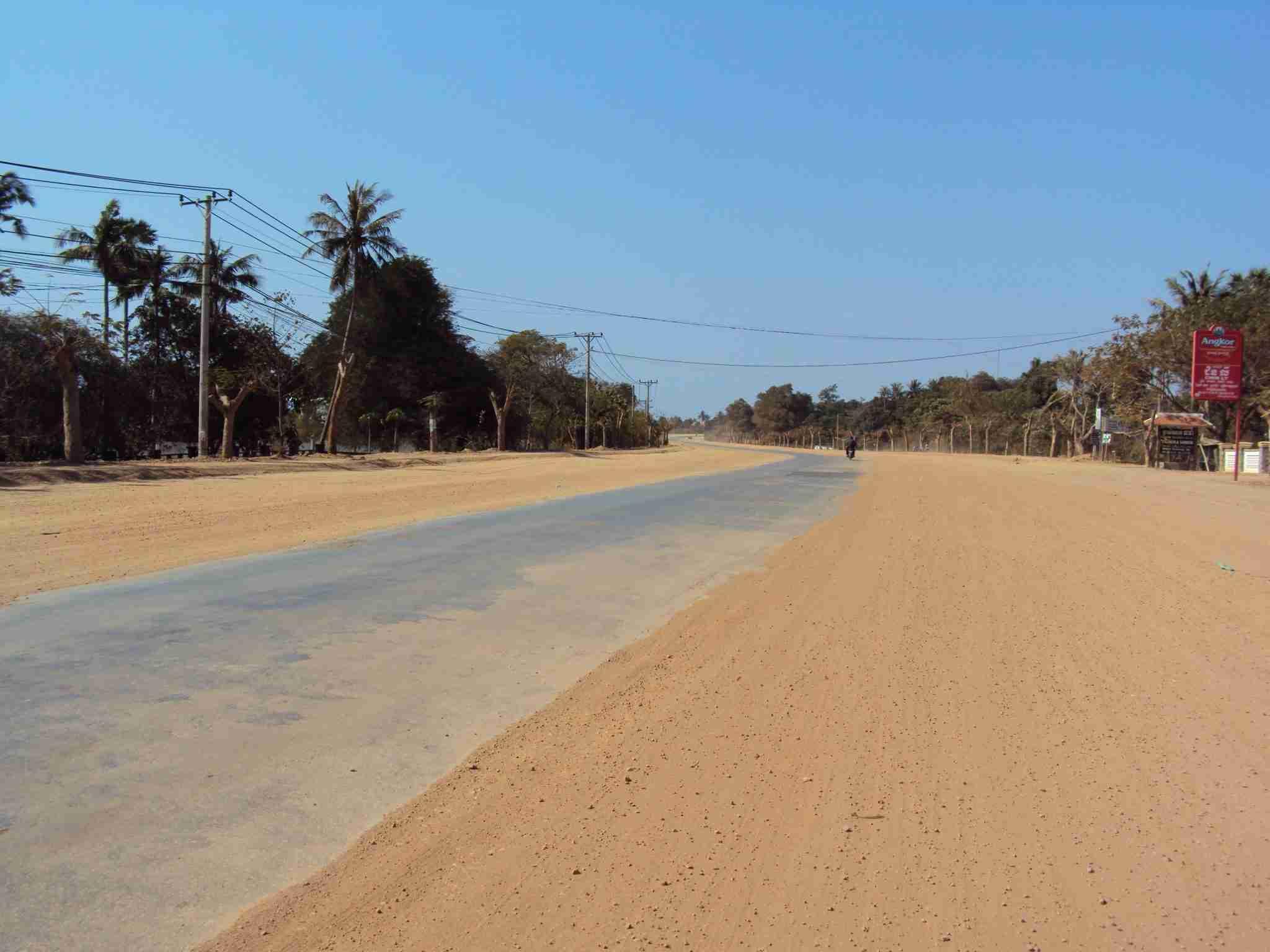 Road in Kep