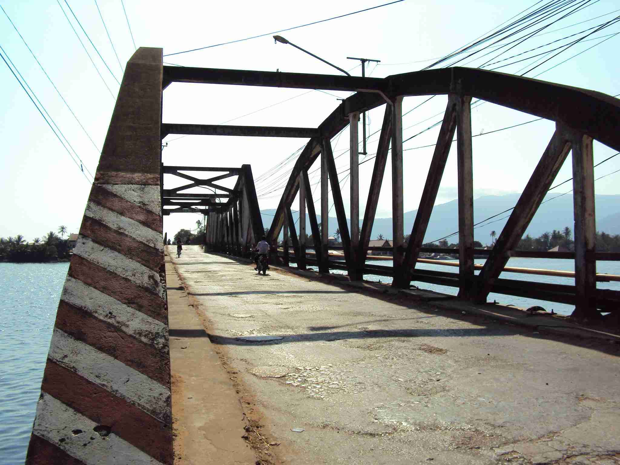 A bridge in great danger of collapse