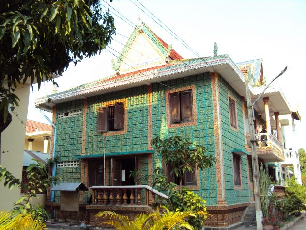 beautiful houses in Phnom Penh