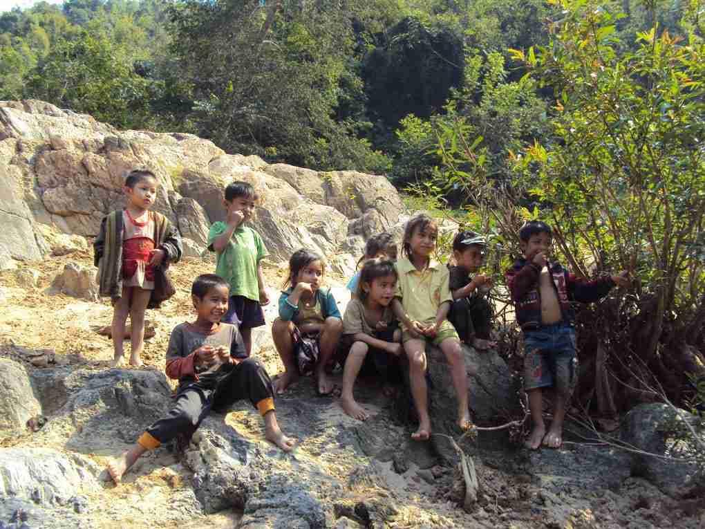Kinder am Nam Ou