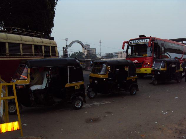 TukTuks am frühen Morgen in Trivandrum