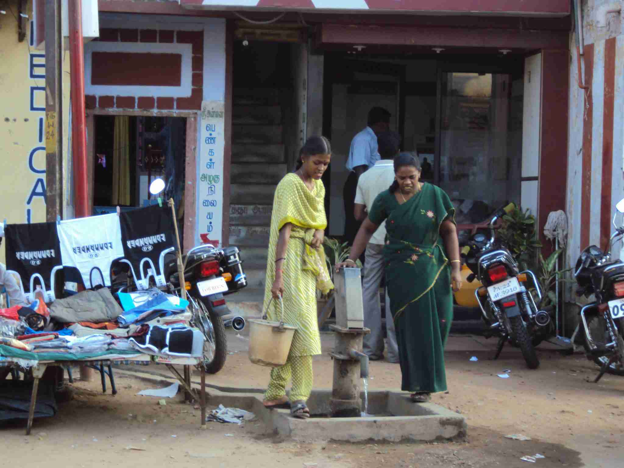 Fetching water at the well