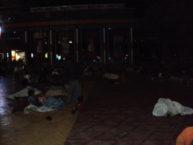 Am Bahnhof in Madurai