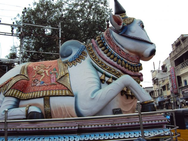 Kuhstatue in Madurai