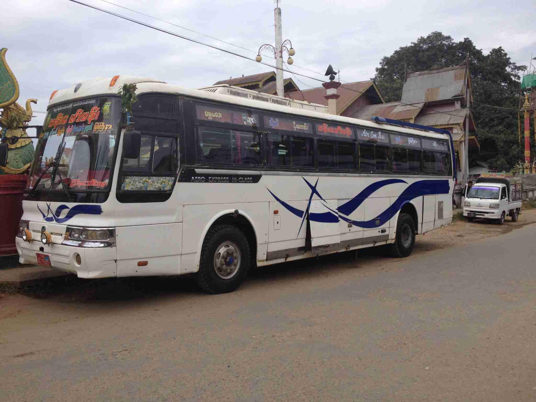Bus nach Mandalay