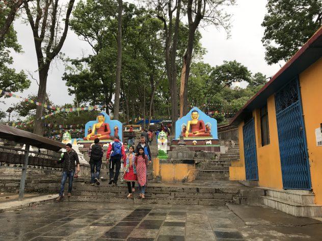 Treppe zur Stupa