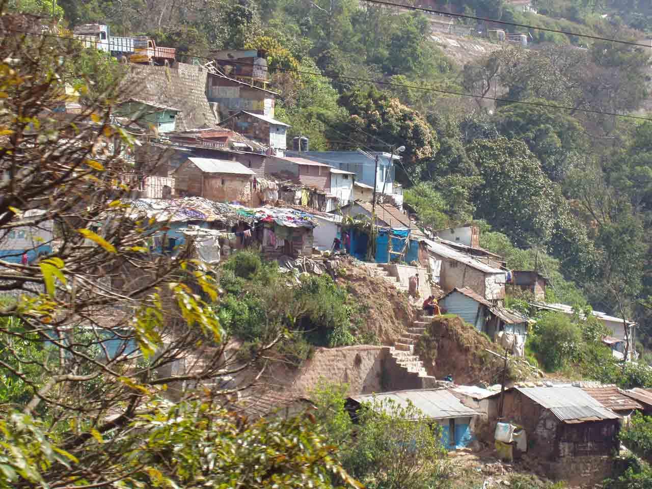 Houses along the trek