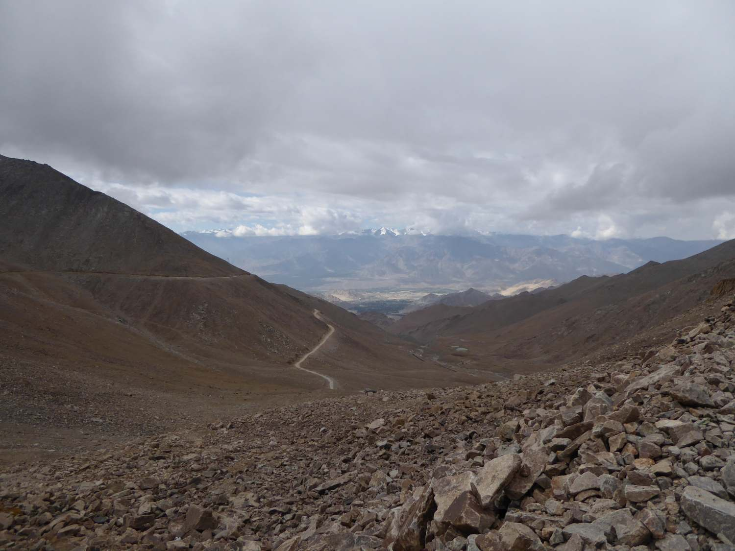 Leh disappearing in the clouds