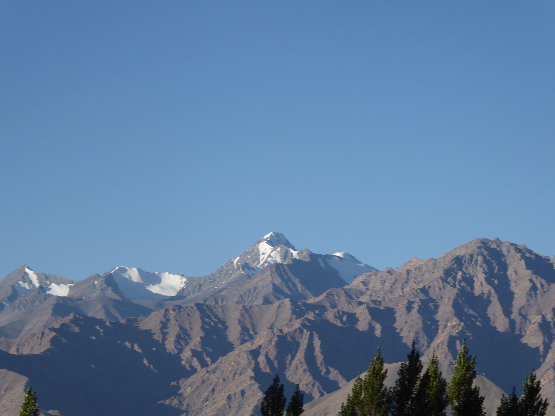 Bergkette am Morgen