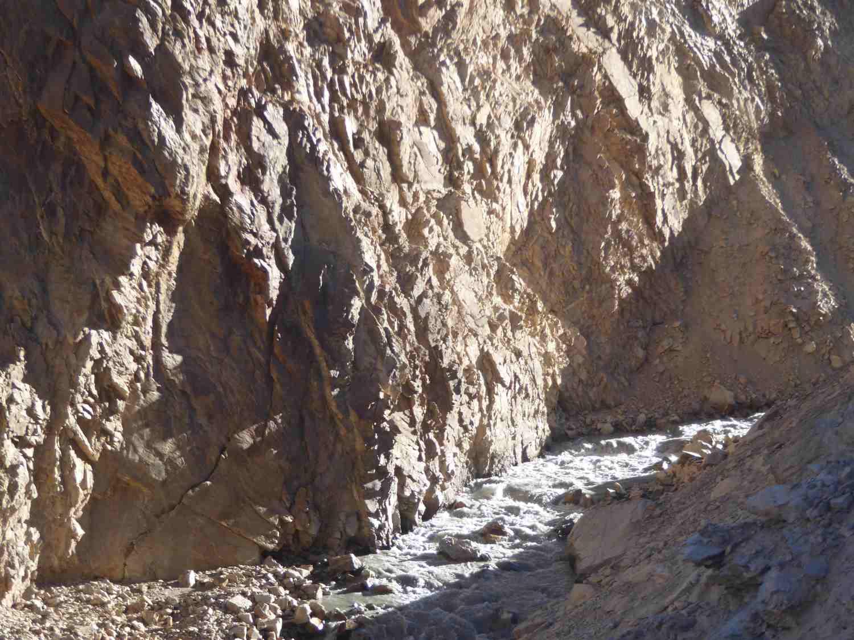 Fluss in der Tiefe