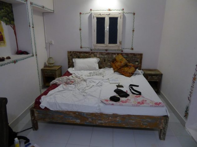 My room, lovingly furnished, I feel at home