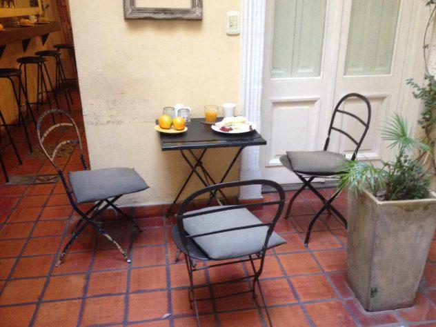 Breakfast in quiet surroundings