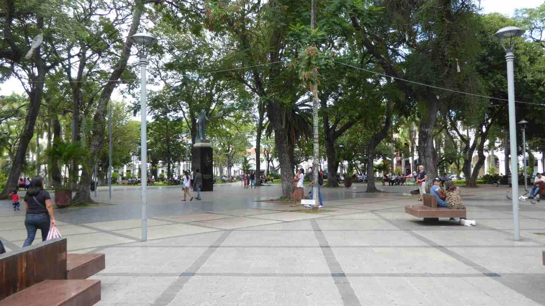 Central Plaza in Santa Cruz