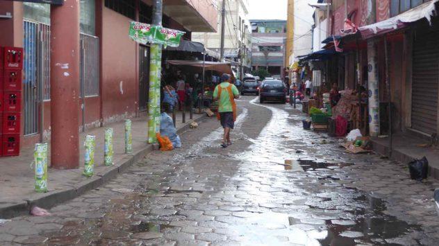 Santa Cruz Shops and Alleys 2