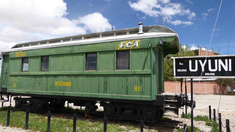 old train carriage in Uyuni