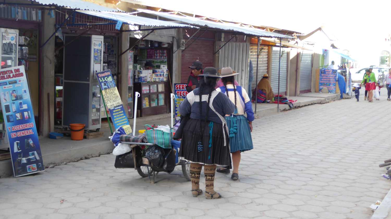 Indio Women in Uyuni 3