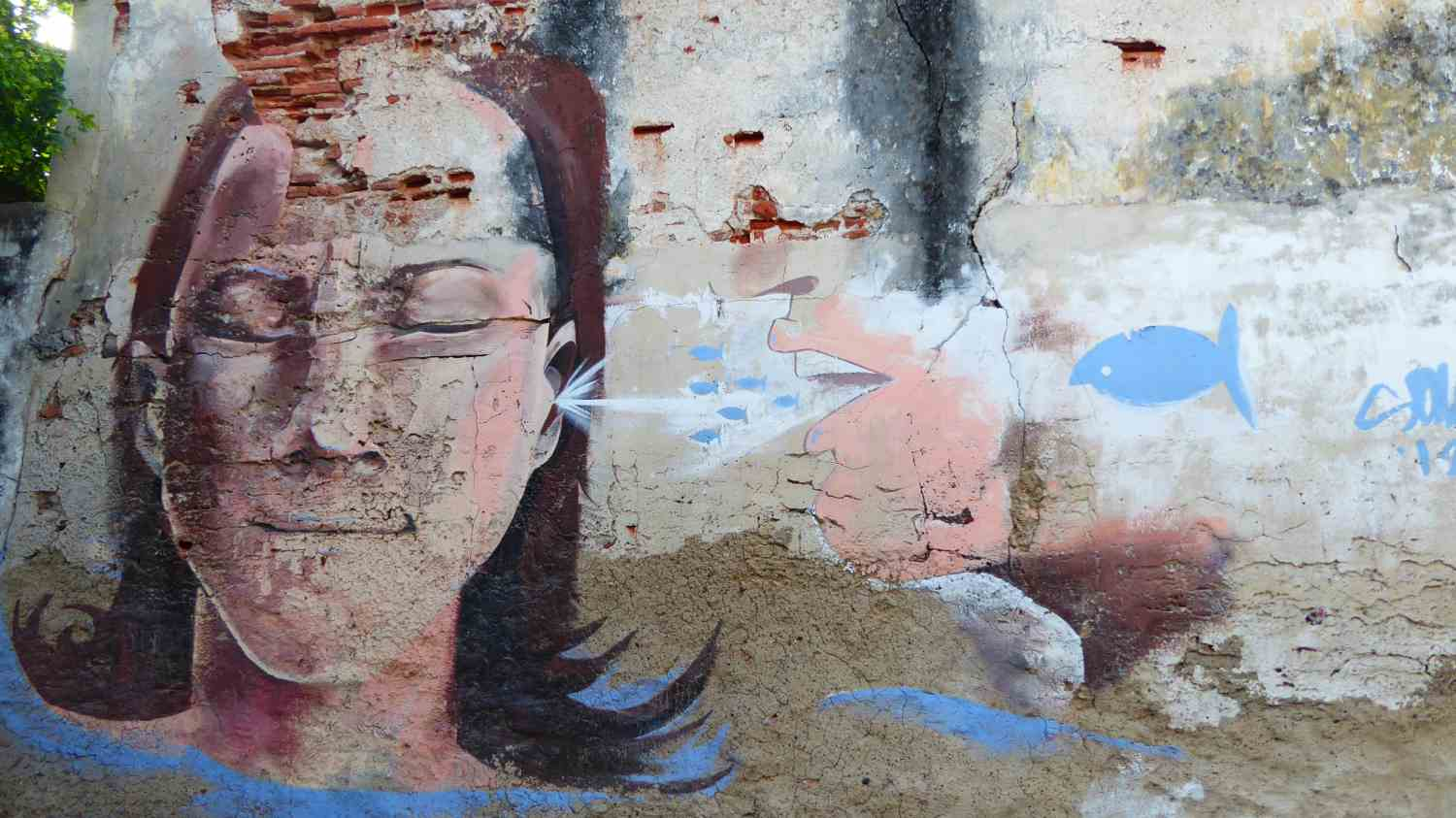 Nearly destroyed Murales in Cartagena