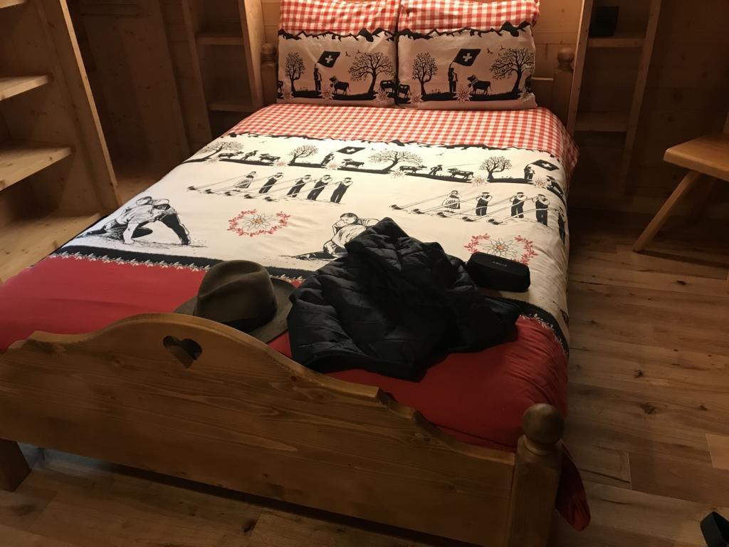 My wooden room at Au petit gÎte